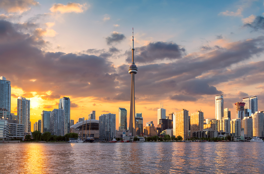Toronto sunset city skyline