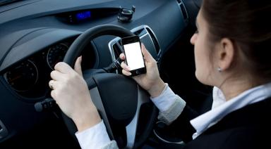 Ontario to Introduce New Distracted Driving Fines Maxing at $50,000